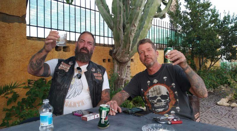 hans pablo biertje drinken