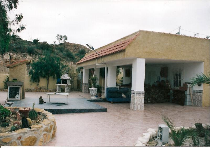 2001-punta-pelusa