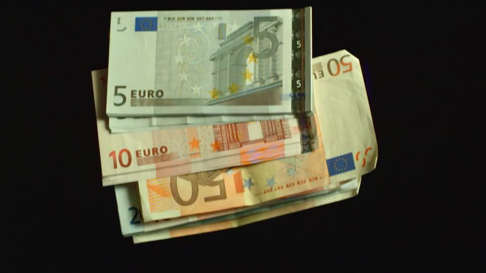 money-euro-tattoo-price-pelusa